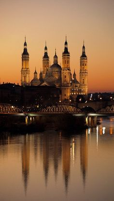 Sunset in Zaragoza, Spain (by Kamikaze GT2)