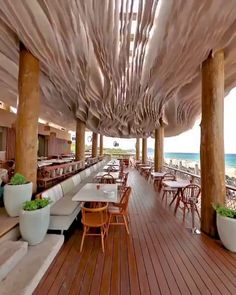 Amazing interior ceiling design Can't stop looking at this amazing ceiling design! Video by Nige Levantetman. Click the image to try our free home design app. Keywords: relaxing home decor, interior design inspiration, cool. Interior Ceiling Design, Beautiful Interior Design, Diy Interior, Beautiful Interiors, Interior Design Inspiration, Interior Design Videos, Beautiful Hotels, Bedroom Inspiration, Travel Inspiration