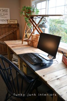 Pallet Farm Table Desk ~ Part 3, the reveal - Funky Junk InteriorsFunky Junk Interiors