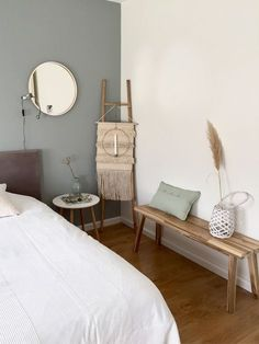 Master bedrooms, minimalistic bedrooms, luxury bedrooms and everything bedroom related for your bedroom interior. Home Bedroom, Bedroom Wall, Bedroom Mirrors, Master Bedrooms, Bedroom Ideas, Neutral Bedroom Decor, Luxurious Bedrooms, Luxury Bedrooms, Minimalist Bedroom