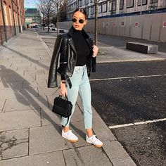 Casual✔️✔️✔️ Jeans linked on stories @naomigenes