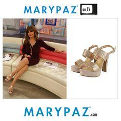 Así de sofisticada y segura se muestra Beatriz Cortazar Emoticono wink ¿ Qué os parecen las sandalias escogidas ? ¡ A nosotros nos encanta !  #SS15 #springsummer15 #TV #trendy #moda #tendencia #itsspring #springON #feelgood #feelMARYPAZ #primaveraverano15 Shop at ► http://www.marypaz.com/…/sandalia-de-tacon-y-plataforma-dob…