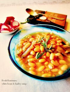 Fresh Rosemary White Bean & Barley Soup - great stored in the freezer for a quick meal. Skip the oil and use 2 cups of white beans to serve 4.