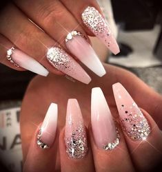She wanted to look glam for her holiday! Latest and Hottest Matte Nail Art Designs Ideas 2019 – Soflyme, # Hottest My fav ! Matte OPI Bubble Bath gel manicure The Best Winter Nail Art Design Ideas – – … Winter Wedding Nails, Wedding Nails For Bride, Bride Nails, Prom Nails, Long Nails, Wedding Blue, Bling Wedding Nails, Best Acrylic Nails, Acrylic Nail Designs