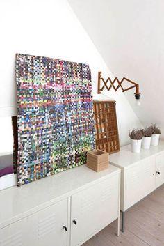 papierkorb aus alten zeitschriften upcycling upcycling. Black Bedroom Furniture Sets. Home Design Ideas
