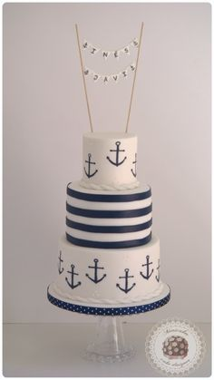 Sailor wedding cake Inés and Javi were clear that they wanted to style your wedding cake … simple st Nautical Cake, Nautical Party, Nautical Wedding, Themed Wedding Cakes, Cool Wedding Cakes, Themed Cakes, Sailor Cake, Sailor Theme, Baby Shower Deco