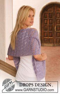 """Crochet DROPS shawl in """"Alpaca"""" and """"Vivaldi"""". ~ DROPS Design"""