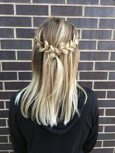 this waterfall + french combo braid is the perfect transitional hairstyle: from short to medium or long hair, from work to school, day to night + casual cute to prom style, this look works in every situation! | hair by goldplaited