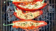 Unser Rezept für gegrillte Paprika mit Schafskäse ist ideal für alle, die einerseits Kohlenhydrate sparen, aber auch genießen und richtig satt werden wollen. Probieren Sie dieses vegetarische Low Carb-Grillrezept für das Sie gar nicht viel benötigen...