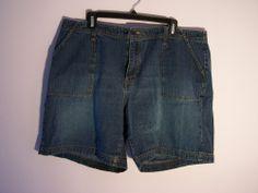 Women's Plus Size Blue Jean Shorts Venezia 100% Cotton Size 16 Mid Thigh Length