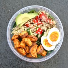 Awesome protein packed vegetarian lunch that is easy and super healthy! Spinach Cucumber Red peppers Avocado Hard-boiled egg Sweet potato (I...