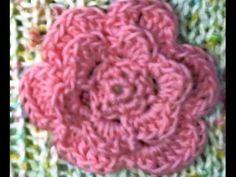Tutorial fiore all'uncinetto a petali sovrapposti facilissimo - YouTube