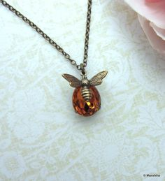 A Honey Bee Necklace. Vintage Golden Topaz Yellow Rhinestone Glass Jewel Tiny Bee Flying Necklace.