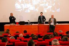 Il presidente della Fondazione OAT Giorgio Giani introduce l'architetto Santiago Cirugeda, secondo ospite di  #lookingaround 14 maggio 2015 #cirugeda © Jana Sebestova