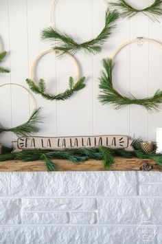 Fa La La La La... I love this! Such a simple but classy look for Christmas. 5 Minute DIY Wooden Holiday Banner Sign
