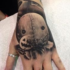 @erisqesari with this Trick or Treat tattoo to finish off a full horror movie sleeve!