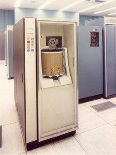 IBM 2321 data cell drive