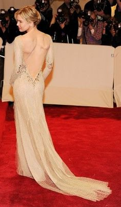 Renee Zellweger wearing a Carolina Herrera dress at the Met Gala 2011