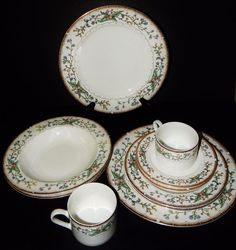 2 WHITE Multi/Color FARBERWARE CHINA 486 WELLESLEY PATTERN 5 PIECE PLACE SETTING #FARBERWARE