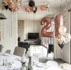 Perfect Balloon decoration set in rose gold for birthday. Perfect Balloon decoration set in rose gold for birthday. Perfect Balloon decoration set in rose gold for birthday. 21st Birthday Decorations, Adult Birthday Party, Birthday Crafts, Birthday Woman, Birthday Party Themes, Birthday Presents, Balloon Birthday, 21st Birthday Parties, Balloon Decorations