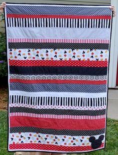 NewlyWoodwards - Mickey strip quilt