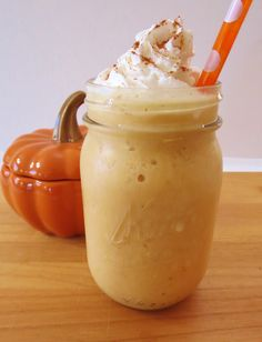Skinny Pumpkin and Cream Frappe - A frozen blended coconut drink that is creamy, sweet and tastes just like pumpkin pie.