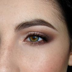 PittPantherMUA: Tutorial: Defined, Smokey Everyday Burgundy Look using the Too Faced Chocolate Bar Palette Everyday Eye Makeup, Hazel Eye Makeup, Hooded Eye Makeup, Natural Eye Makeup, Blue Eye Makeup, Hazel Eyes, Makeup For Brown Eyes, Skin Makeup, Elf Makeup