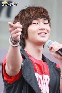 """SHINee """"Suwon Charity Walk Concert ③"""" // 100612"""