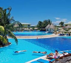 Hotel Sol Cayo Santa Maria has a prime oceanfront position by the sea on the exotic Caribbean paradise of Cayo Santa Maria, right in the middle of the so called Buenavista Biosphere Reserve. The Hotel Sol Cayo Santa Maria is an All-Inclusive Four-Star resort with 300 spacious rooms