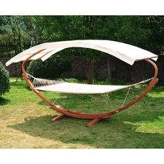 This hammock is roomy enough for two people to share or for one individual to really stretch out in comfort. by @clicksnyc_com
