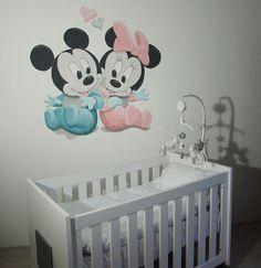 Baby Mickey Mouse en Minnie Mouse muurschildering