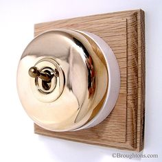 Round Dolly Light Switch on Wooden Base Polished Brass 1 Gang: A plain design 1 Gang (single switch) Dome Switch in unlacquered polished brass, which Edwardian House, 1930s House, Give Me Home, Electrical Switches, Traditional Lighting, Polished Brass, Door Handles, Hardware, Homes