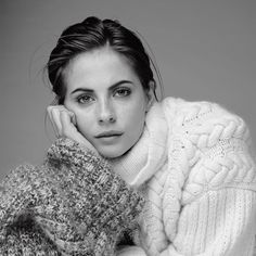 Willa Holland for Who What Wear