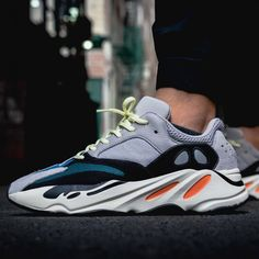 New shoe's Slip On Sneakers, Casual Sneakers, Air Max Sneakers, Sneakers Fashion, Sneakers Nike, Yeezy Womens, Yeezy Fashion, Women's Fashion, Nike Flyknit