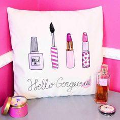 Hello Gorgeous Makeup cushion Makeup pillow by theprettypinkstudio Cute Pillows, Diy Pillows, Decorative Pillows, Cushions, Throw Pillows, Bolster Pillow, Cushion Makeup, Diy Cushion, Bachelorette Pad
