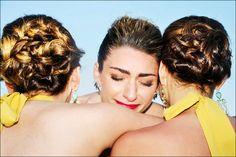 The Last Goodbye is the Hardest! #friends #partingapart #weddingphotographer #miamiphotographer