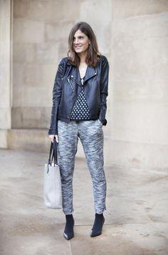Cómoda con pantalones de chandal. Joggers. Street style outfits. Looks de street style. Fashion Blogger.