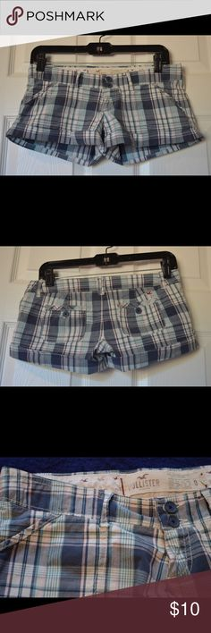 Hollister shorts Hollister shorts only worn once. Pink and navy blue. Hollister Shorts Skorts