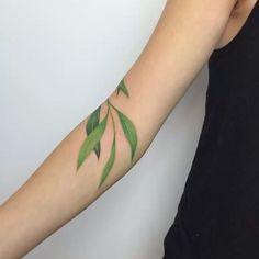 New Maple Tree Tattoo Green Ideas Pretty Tattoos, Beautiful Tattoos, Cool Tattoos, Tatoos, Scar Tattoo, Piercing Tattoo, Piercings, Nature Tattoos, Body Art Tattoos