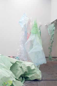 Karla Black-Turner Prize: Baltic Centre for Contemporary Art Abstract Sculpture, Sculpture Art, Time Based Art, Karla Black, Sculpture Lessons, A Level Art, Contemporary Artists, Modern Art, Land Art