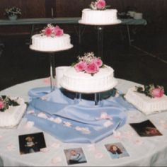 The first wedding cake I ever did