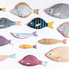 Love these Don Fisher creations! - Love these Don Fisher creations! Don Fisher, Sewing Crafts, Sewing Projects, Iridescent Fabric, Fabric Fish, Tilda Toy, Toy Art, Diy Toys, Fabric Toys Diy