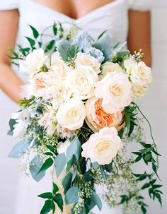 These Are Summer 17's Trendiest Wedding Bouquets - Wilkie Blog! - white and off white roses with green accents and baby's breath