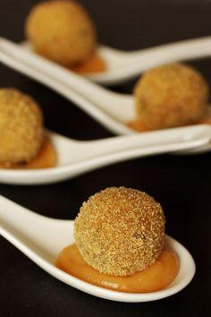 Cinco Quartos de Laranja: Croquetes de alheira com maionese de marmelada