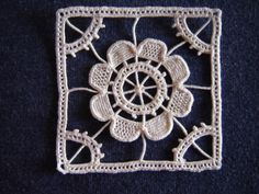 Aemilia-Ars sample.  This site is in Italian and English.  It has free patterns & projects and has kits books and courses.