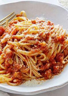 Low FODMAP Recipe and Gluten Free Recipe - Chicken & tomato ragout http://www.ibs-health.com/low_fodmap_chicken_tomato_ragout.html