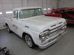 I seriously adore this color selection for this 1972 Chevy Diesel Trucks, Classic Chevy Trucks, Lifted Ford Trucks, 4x4 Trucks, Chevrolet Trucks, Chevrolet Impala, 1957 Chevrolet, F150 Truck, Reliable Cars