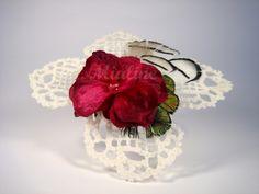 Fascinator Headpiece Häkeldesign Blume von Mialine auf DaWanda.com