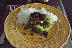 Comida casi rápida-Brócoli con salsa de nueces