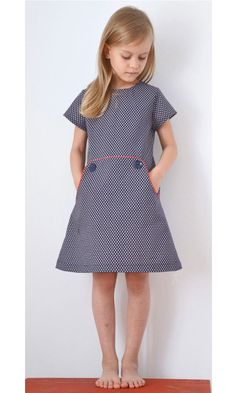 Compagnie M Louisa dress pattern Girls Dresses Sewing, Little Girl Dresses, Clothing Patterns, Dress Patterns, Diy Kleidung, Girls Wardrobe, Baby Sewing, Kind Mode, Diy Clothes